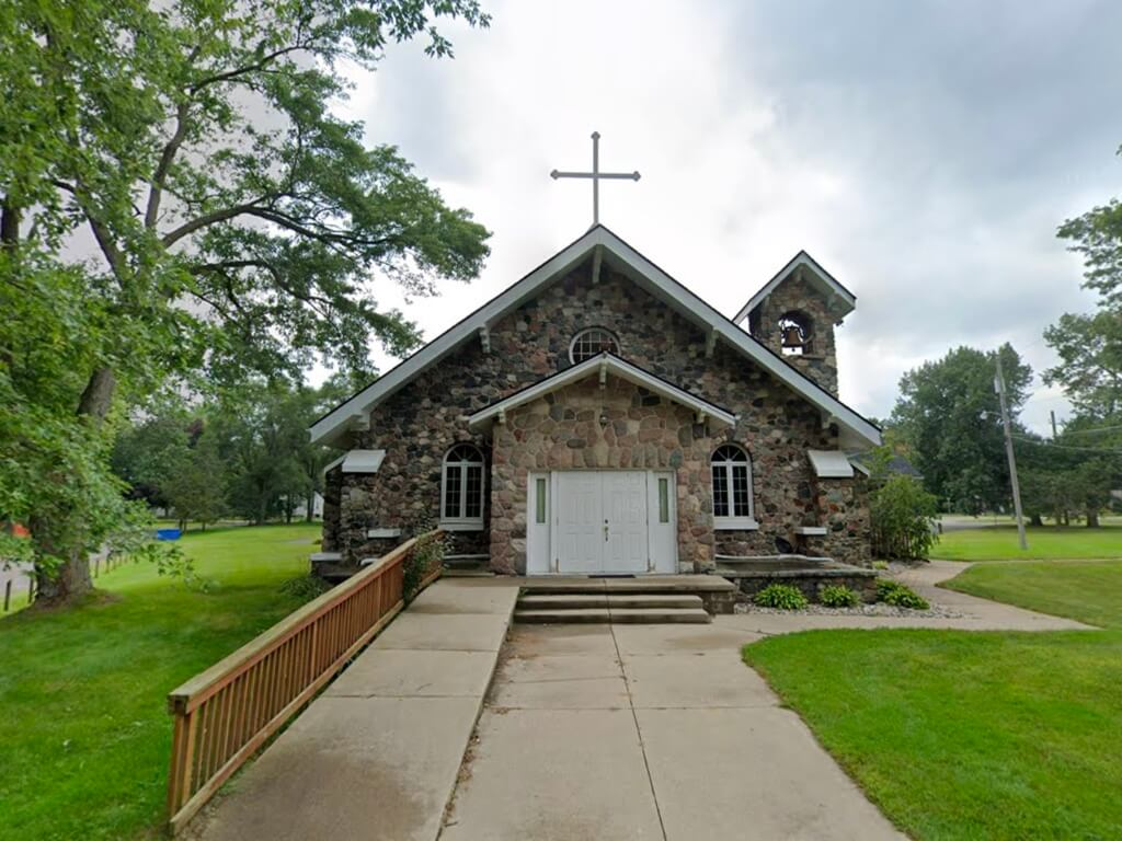 Former Lutheran Church - 485 Farnsworth Rd, White Lake Twp, Michigan 48386 | Real Estate Professional Services